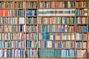 Bookshelf filled-ID8226-1920x1206